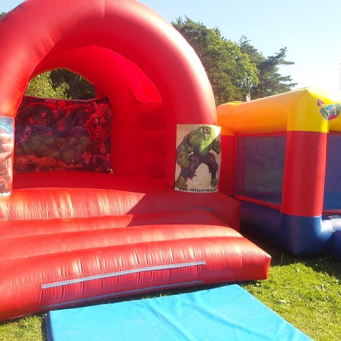 Hulk Bouncy Castle Hire